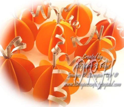 Lots of pumpkins_wm
